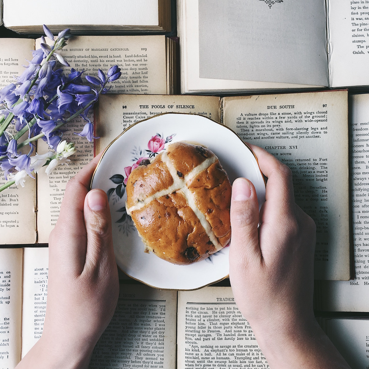 Ideas for Instagram photo props & hashtags - food and books