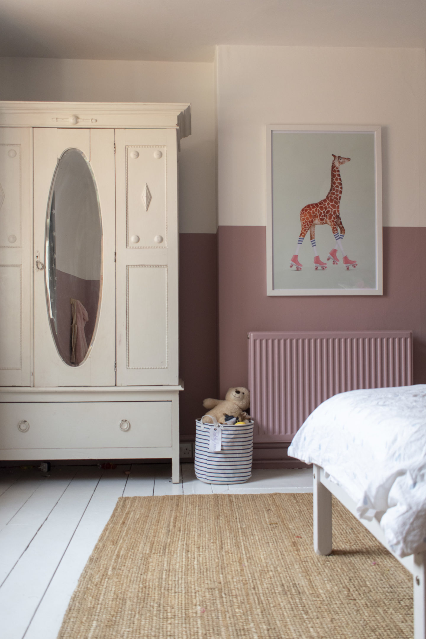 half painted walls in cinder rose farrow and ball
