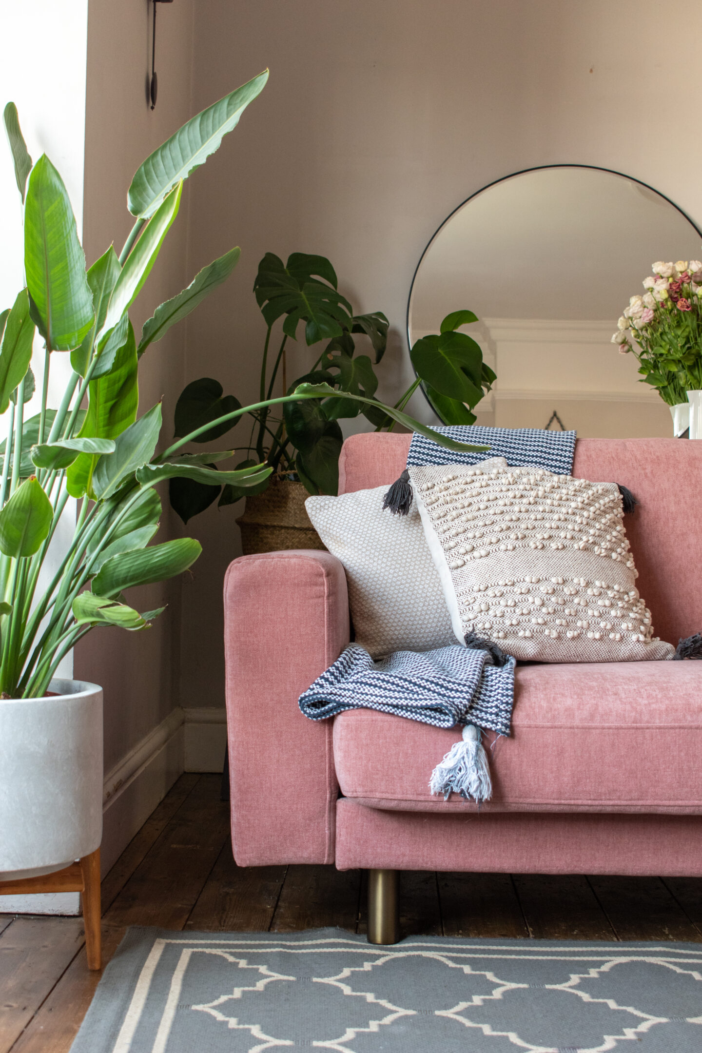 AD/Gifted Snug Sofa Review: The Launch of The Big Chill